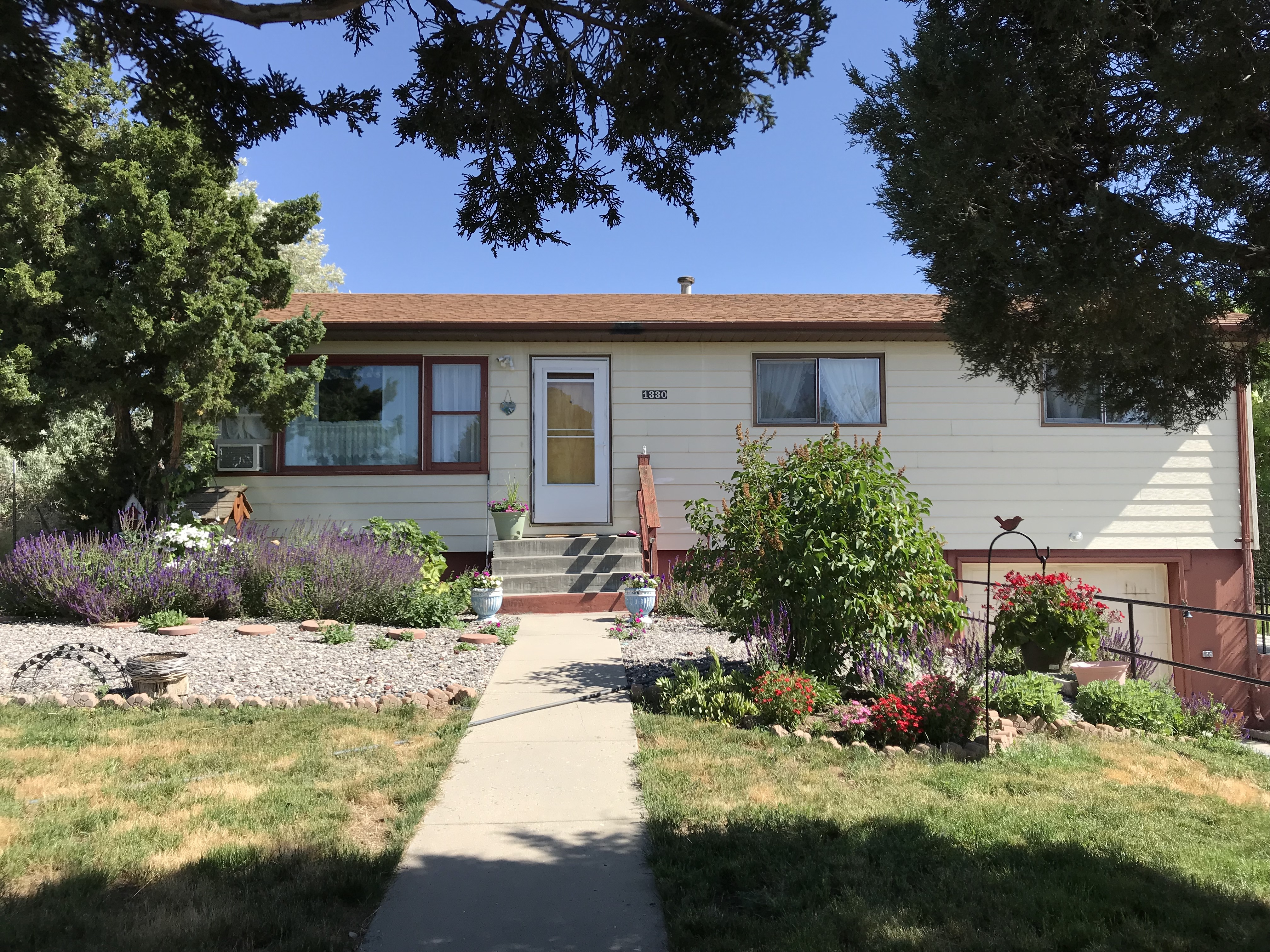 1330 Arapahoe Home For Sale In Thermopolis Wyoming